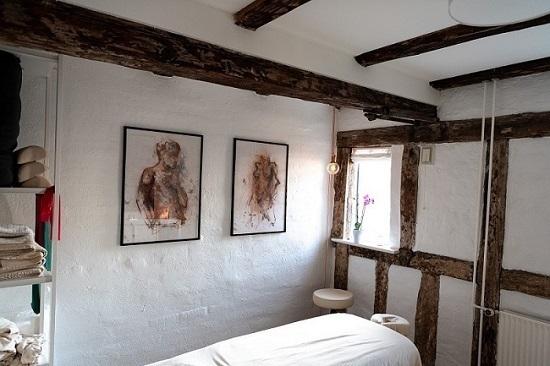 Zency Massage Aarhus Behandlerrum v. Indehaver og behandler Pelle Birch Nielsen
